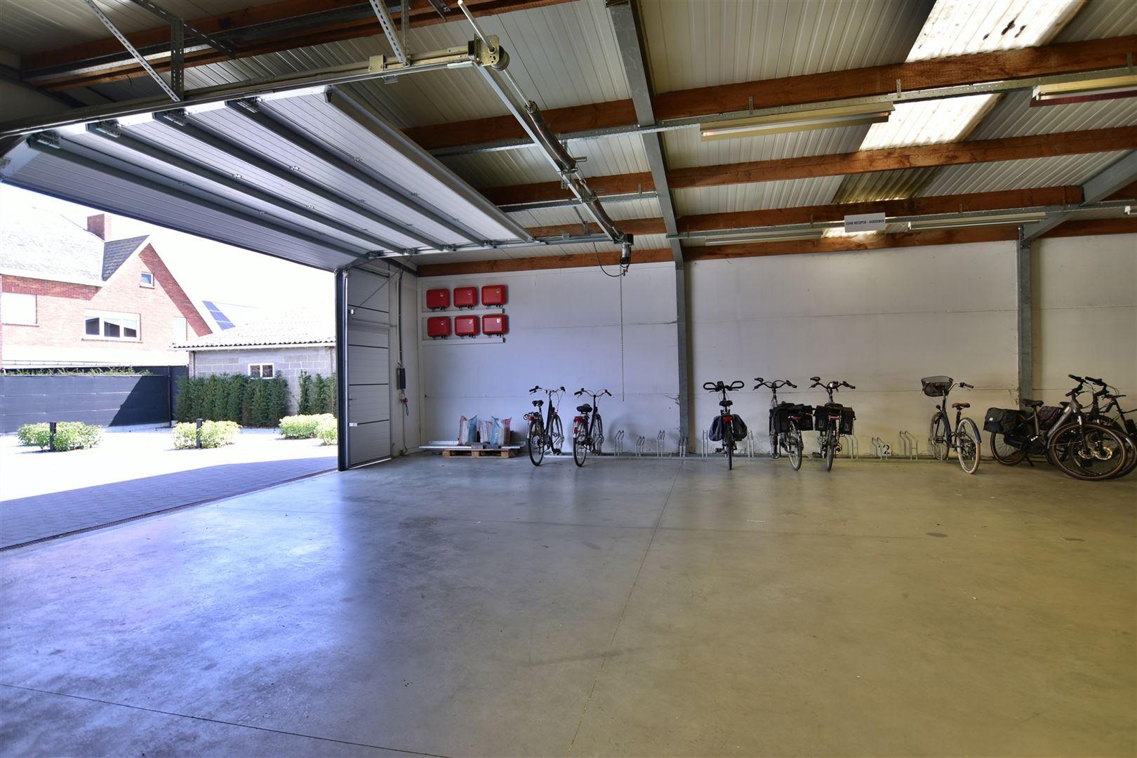 Foto 23 : Appartement te 9200 OUDEGEM (België) - Prijs € 830