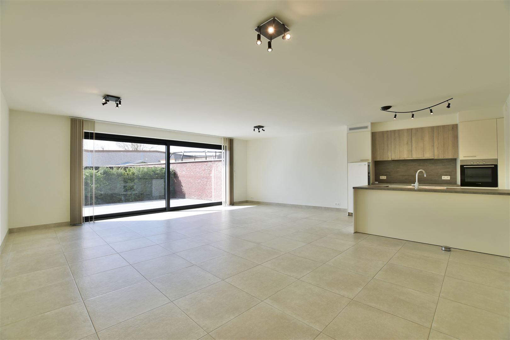 Foto 2 : Appartement te 9200 OUDEGEM (België) - Prijs € 830