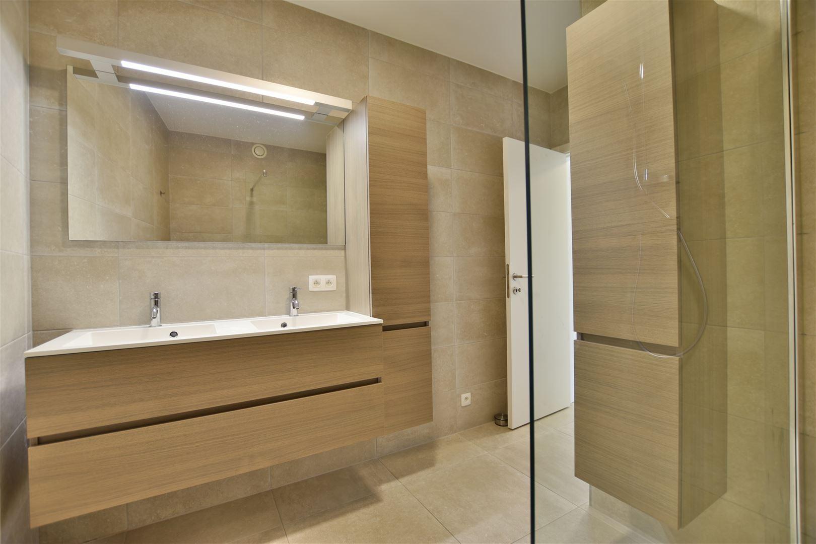 Foto 16 : Appartement te 9200 OUDEGEM (België) - Prijs € 830