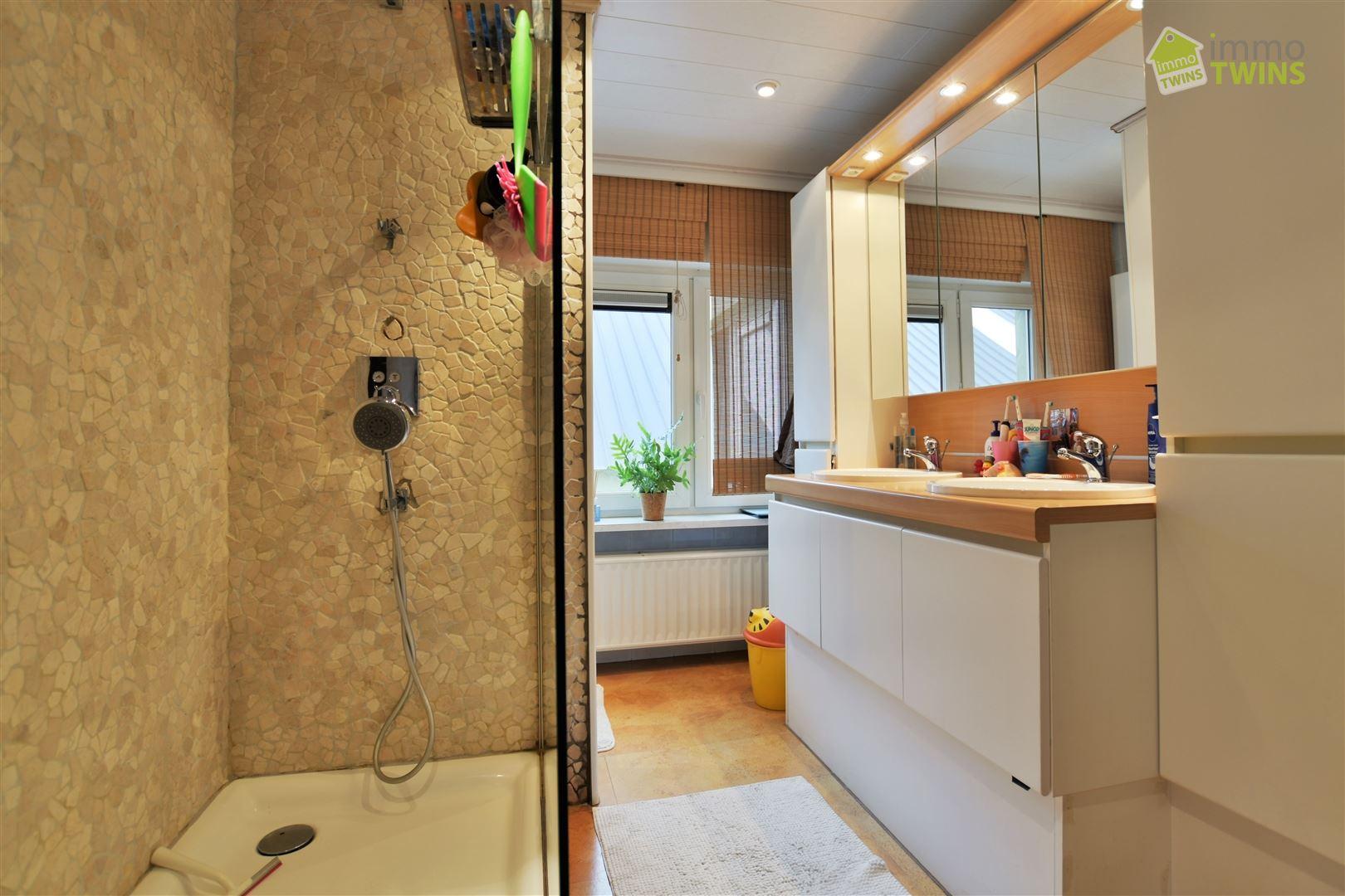 Foto 17 : Woning te 9200 APPELS (België) - Prijs € 439.000