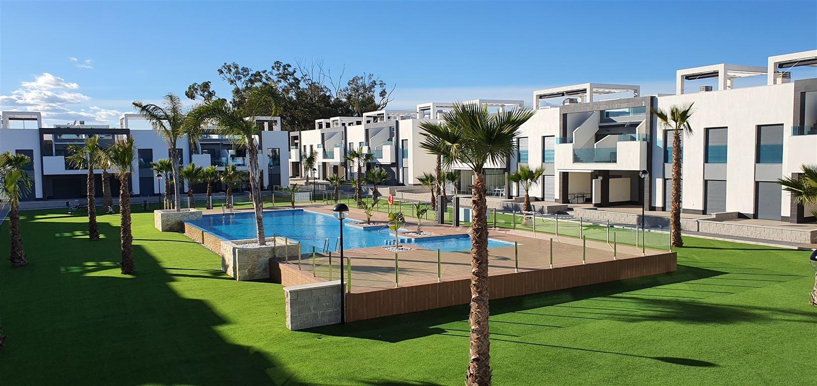 Foto 1 : Appartement te  GUARDAMAR (Spanje) - Prijs € 184.900