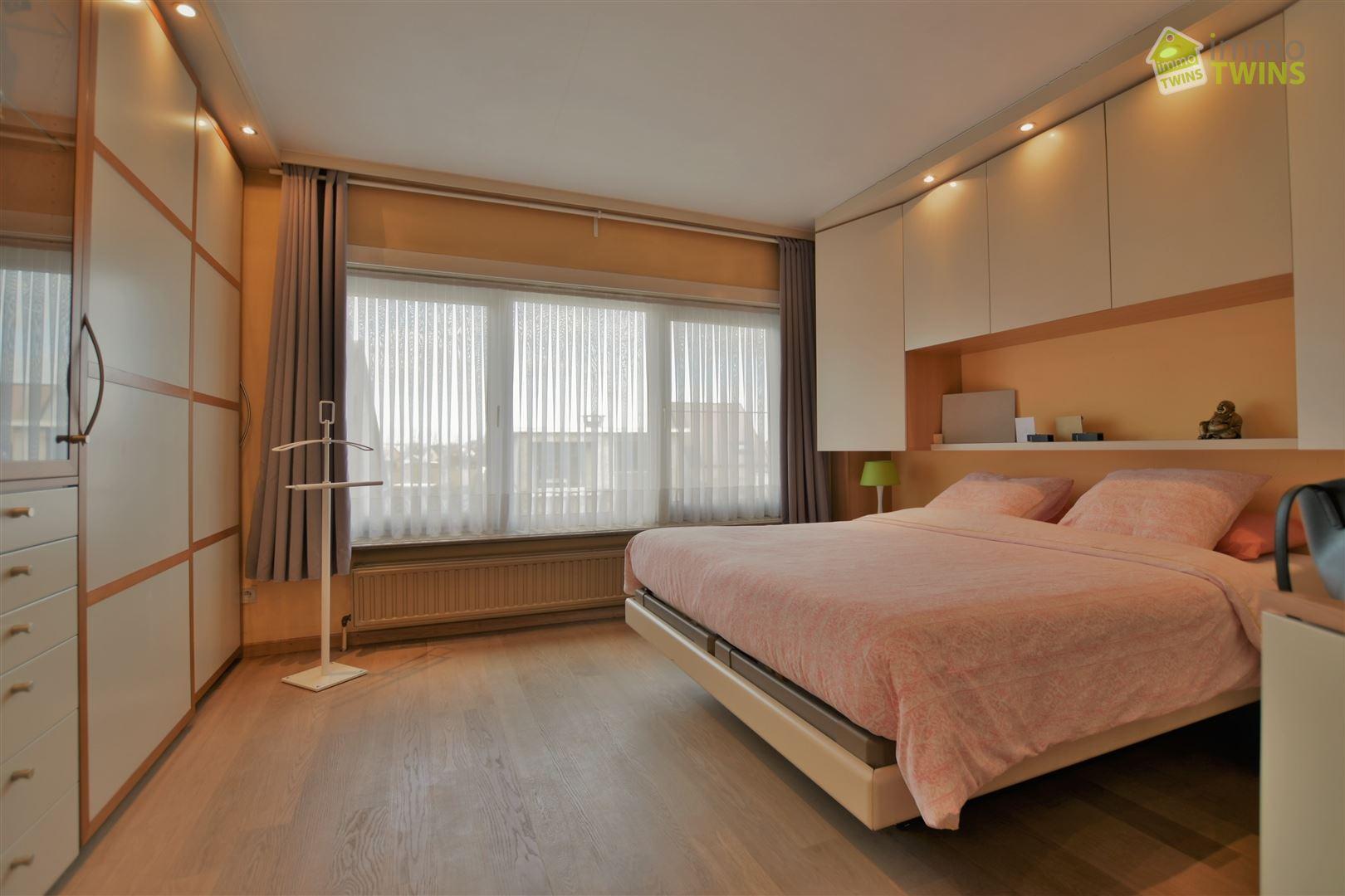 Foto 17 : Gemengd gebouw te 9308 GIJZEGEM (België) - Prijs € 549.000