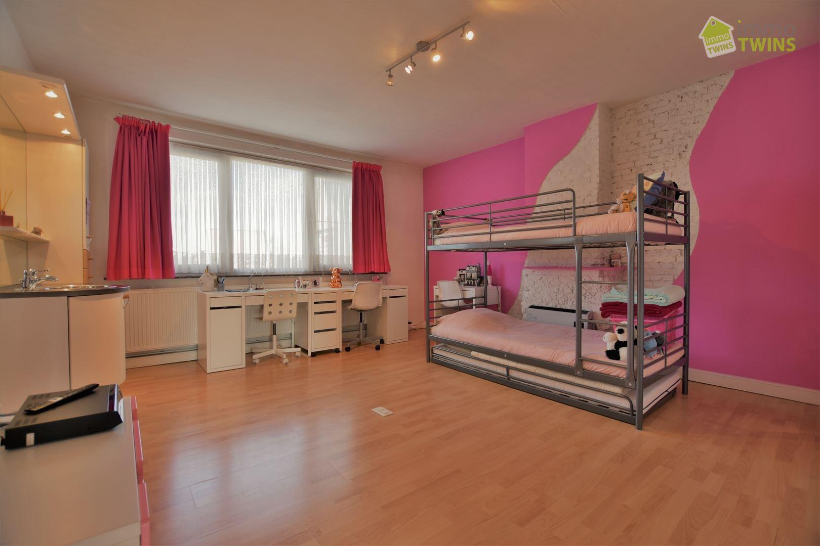 Foto 18 : Gemengd gebouw te 9308 GIJZEGEM (België) - Prijs € 549.000
