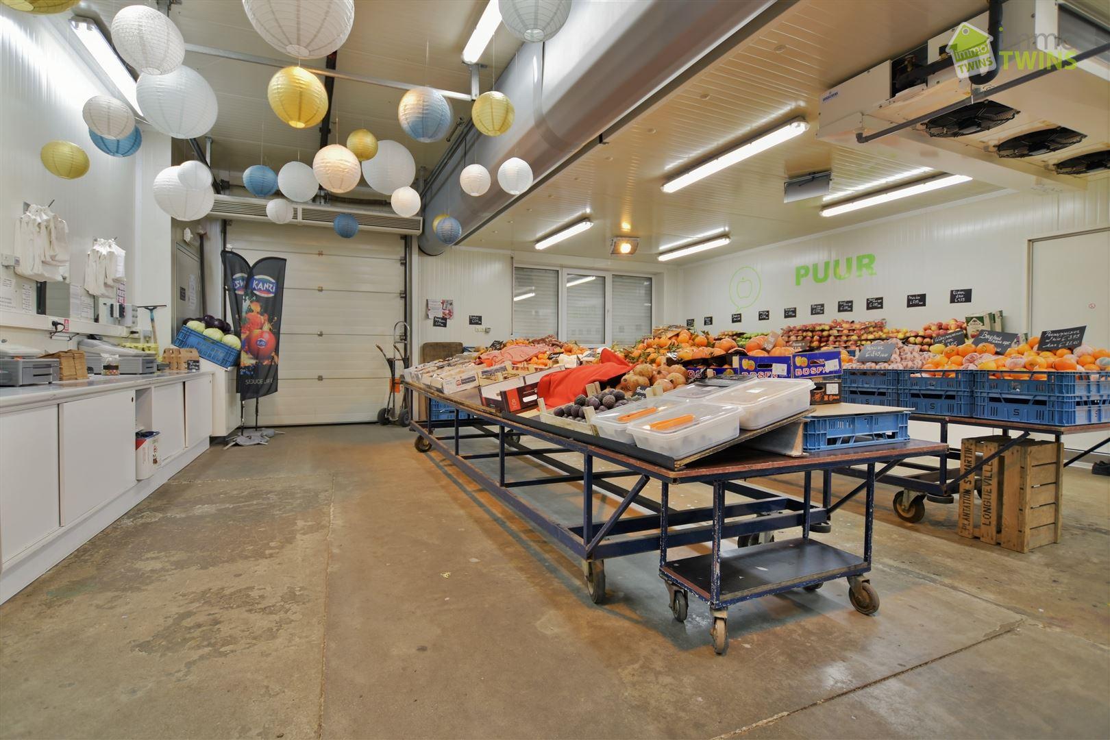 Foto 3 : Gemengd gebouw te 9308 GIJZEGEM (België) - Prijs € 549.000