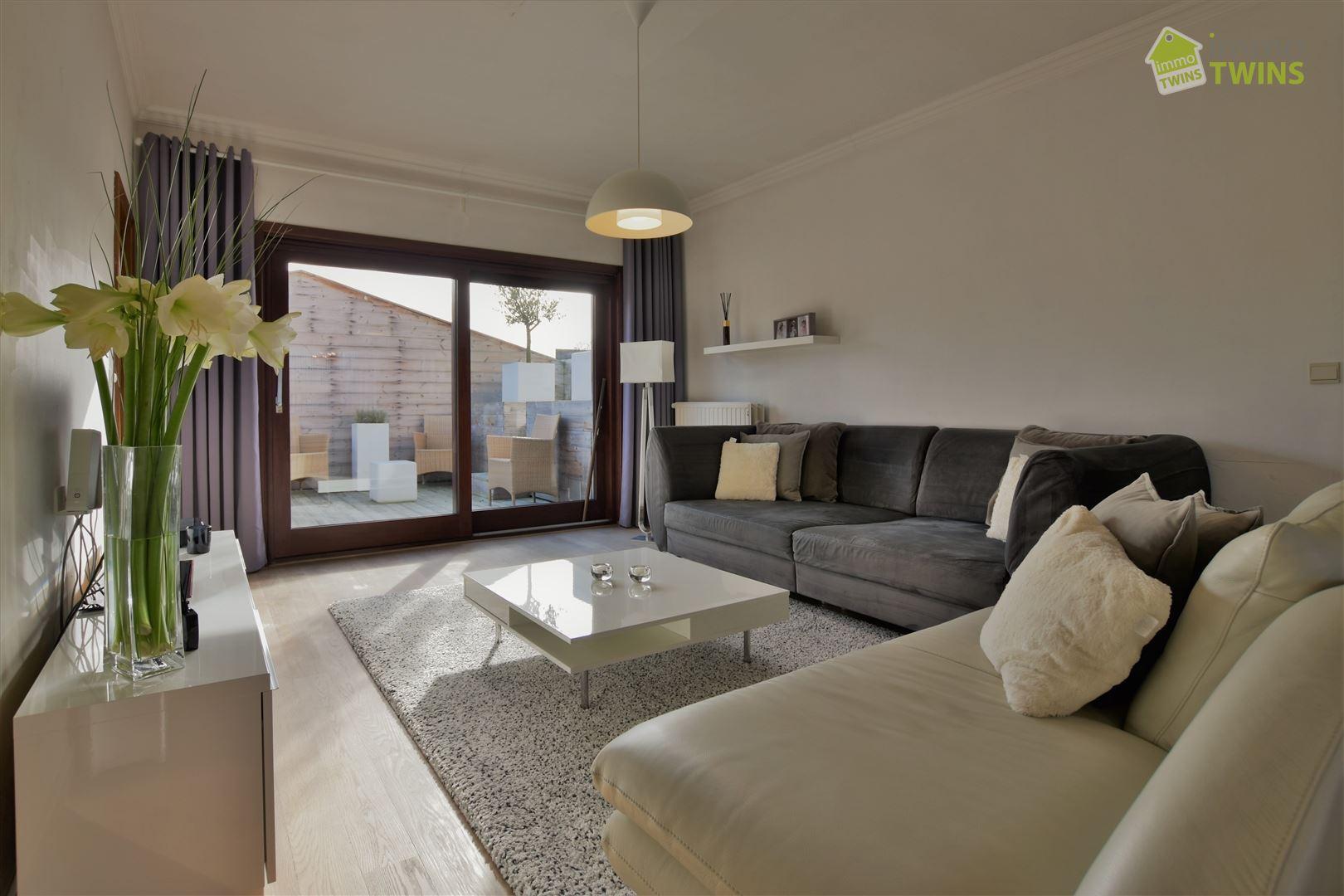 Foto 10 : Gemengd gebouw te 9308 GIJZEGEM (België) - Prijs € 549.000