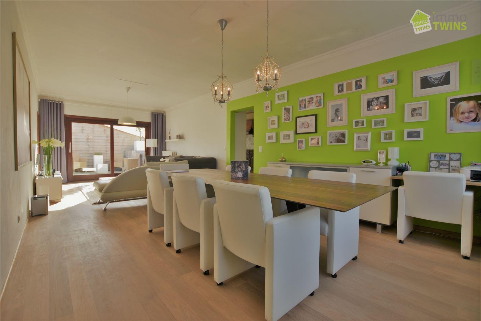 Foto 13 : Gemengd gebouw te 9308 GIJZEGEM (België) - Prijs € 549.000