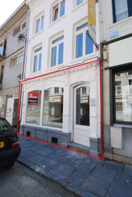 Foto 2 : Handelsruimte te 3680 MAASEIK (België) - Prijs € 450