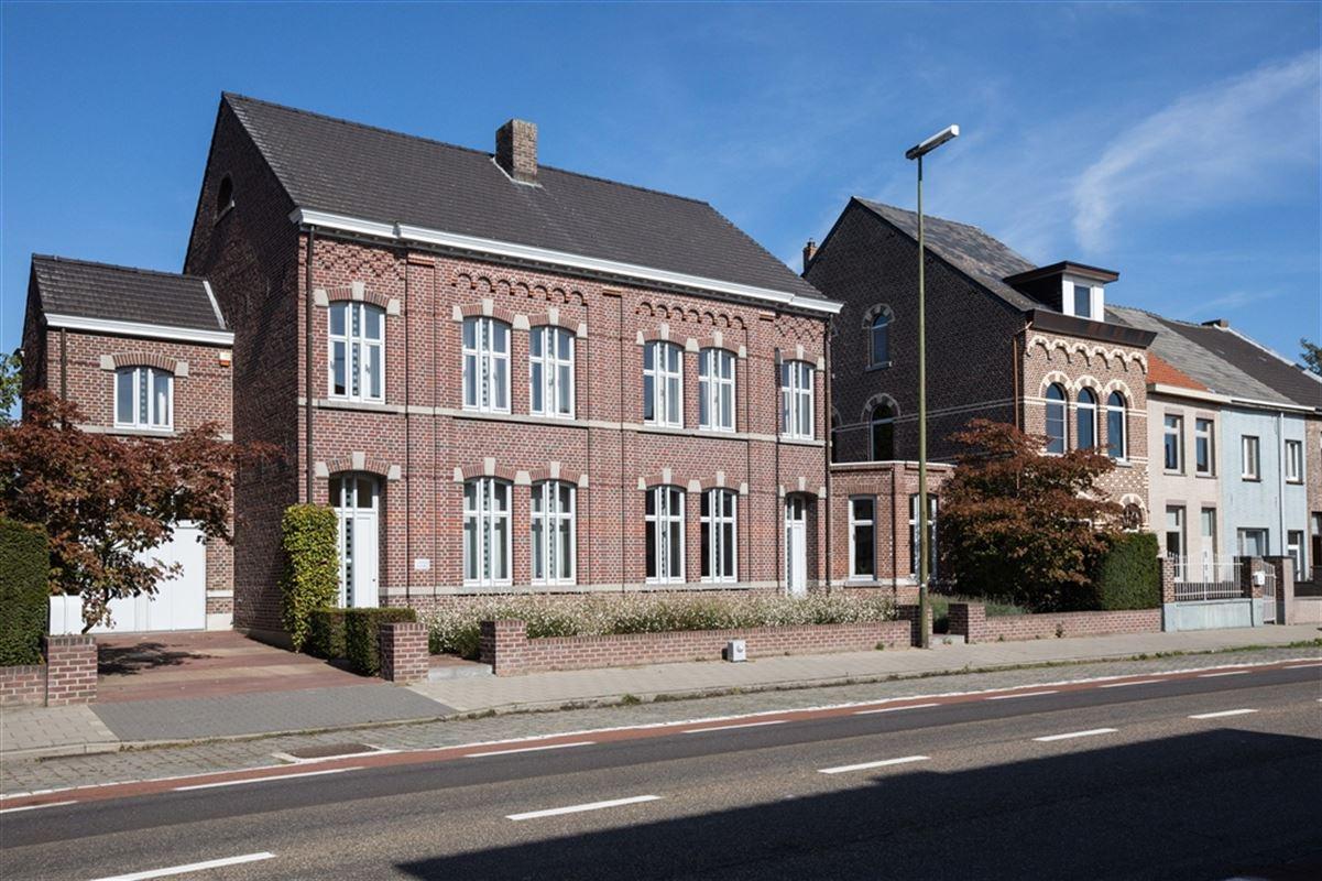 Foto 1 : Herenhuis te 3680 MAASEIK (België) - Prijs € 645.000
