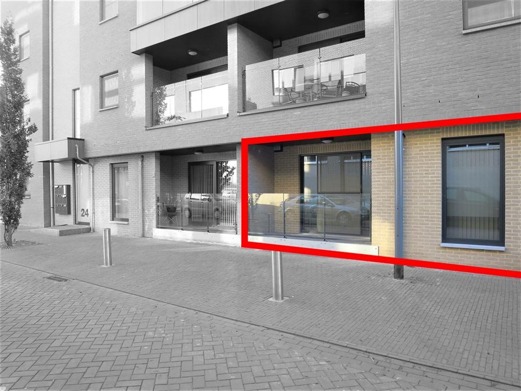 Foto 1 : Gelijkvloers te 3680 MAASEIK (België) - Prijs € 695