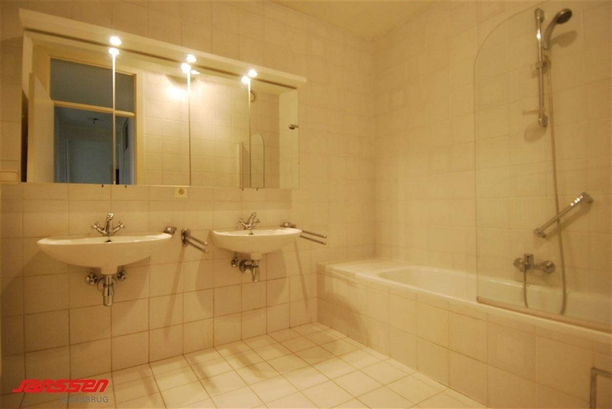 Foto 13 : Appartement te 3680 MAASEIK (België) - Prijs € 210.000