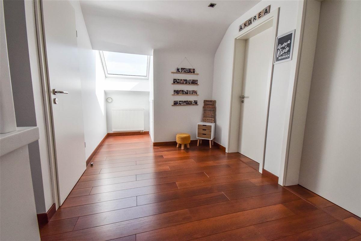 Image 13 : Duplex/Penthouse à 4460 HORION-HOZÉMONT (Belgique) - Prix