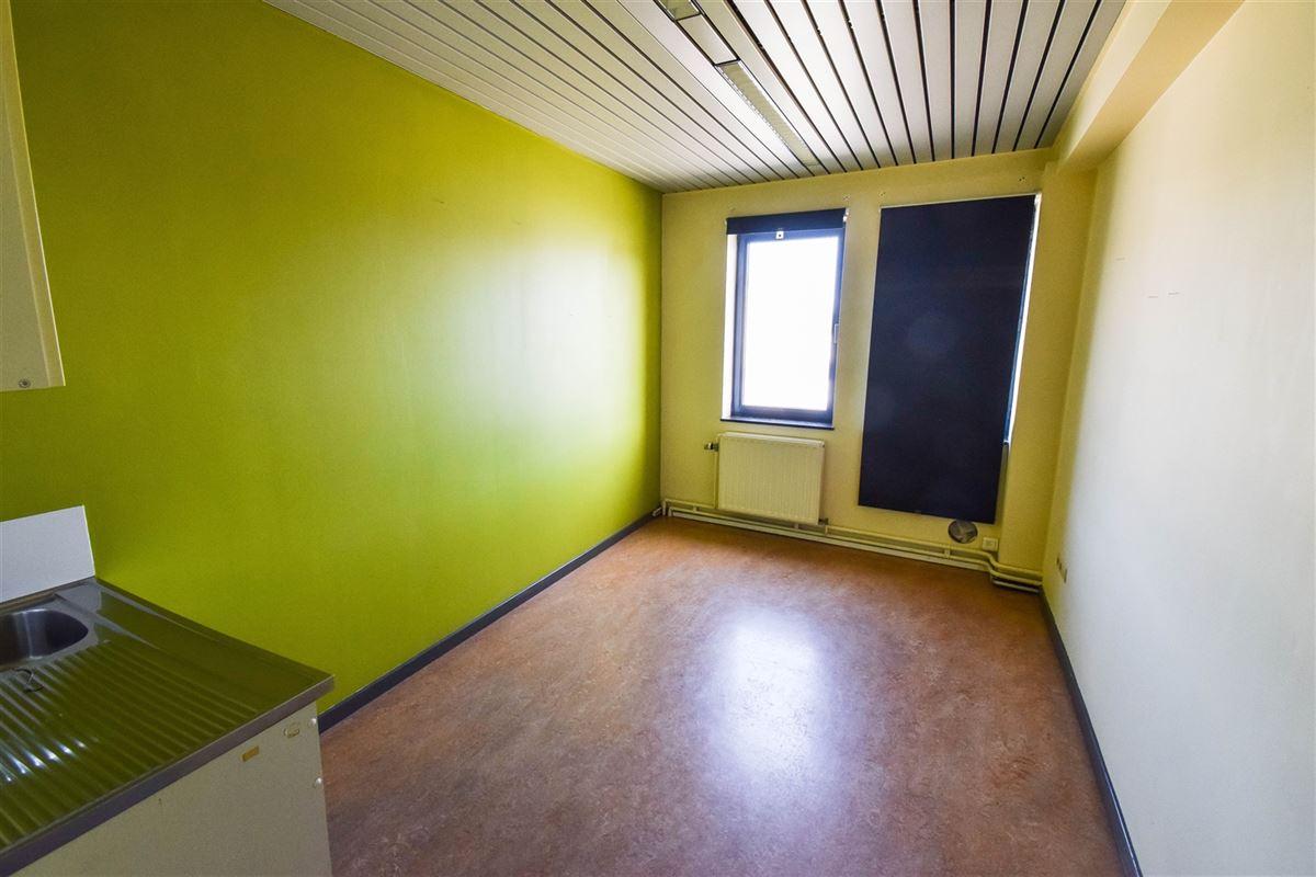 Image 12 : Bureaux à 4480 HERMALLE-SOUS-HUY (Belgique) - Prix 2.500 €
