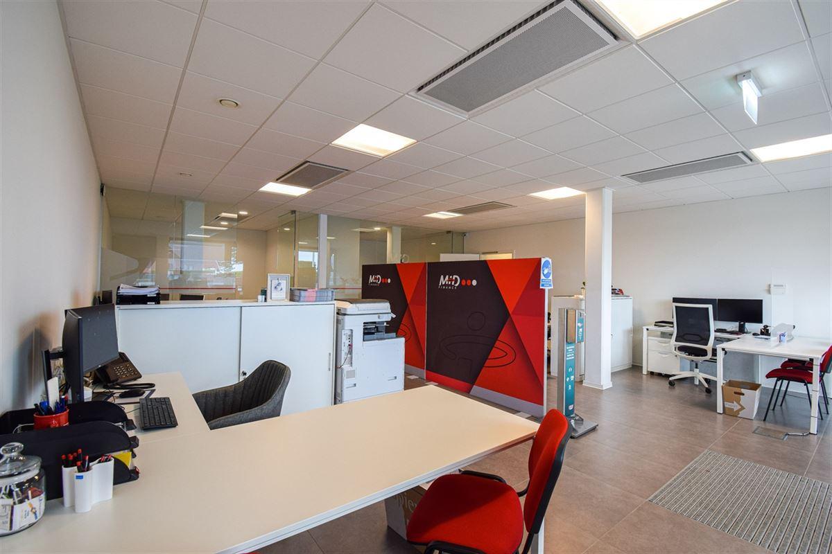 Image 6 : Bureaux à 4340 AWANS (Belgique) - Prix 2.100 €