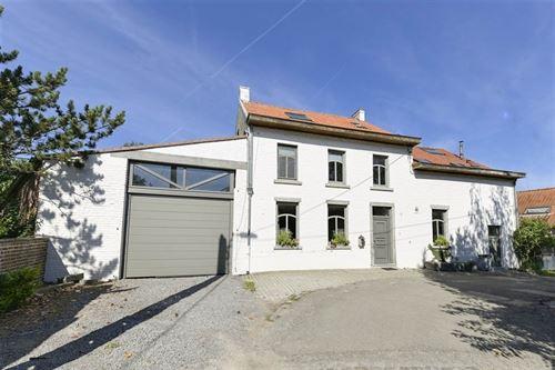 Maison a vendre à THOREMBAIS-LES-BÉGUINES (1360)