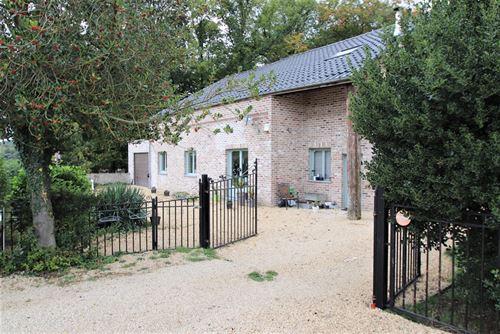 Huis te koop te FAULX-LES-TOMBES (5340)