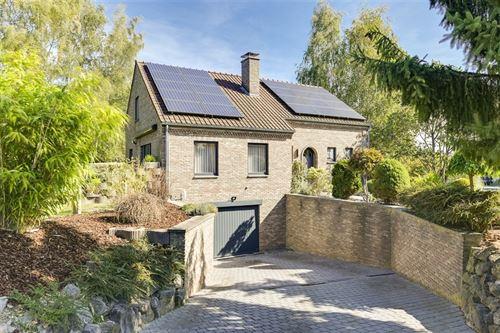 Huis te koop te BEEZ (5000)