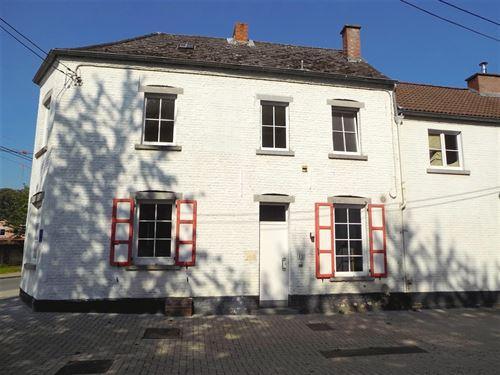 Maison villageoise a louer à ARCHENNES (1390)