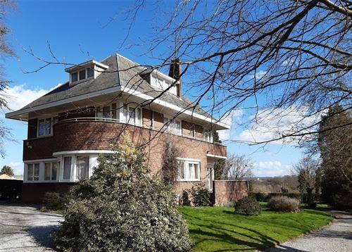 Maison a vendre à AUVELAIS (5060)