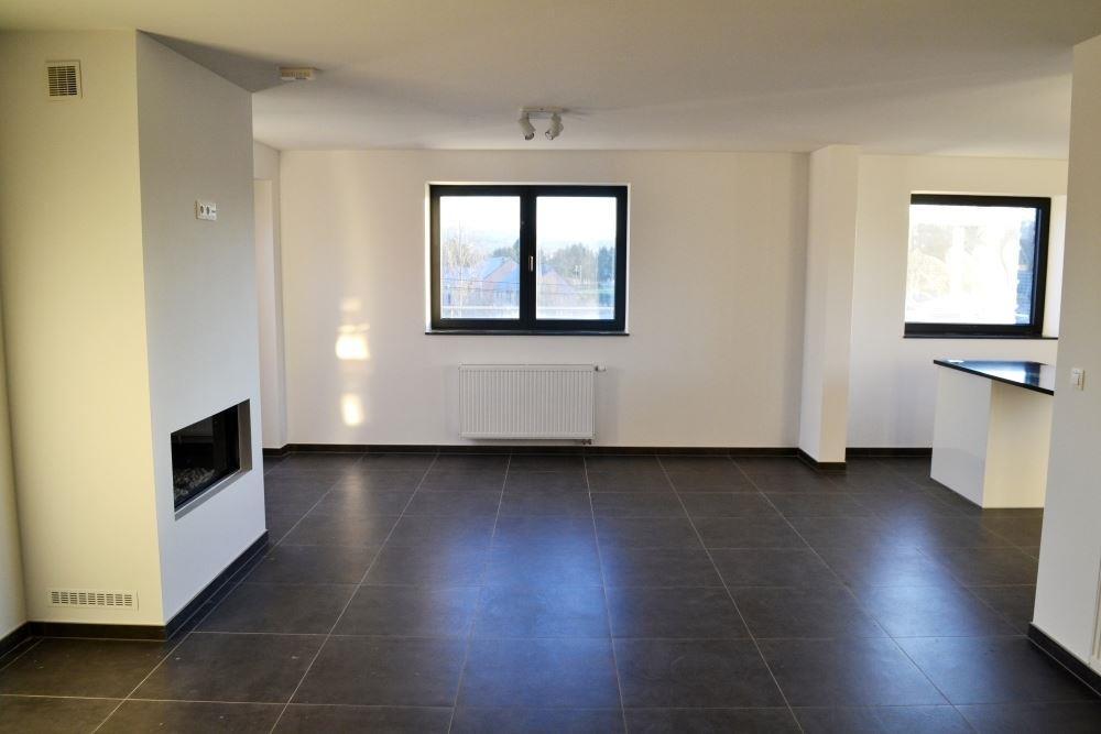 Image 4 : Duplex à 6900 MARCHE-EN-FAMENNE (Belgique) - Prix 875 €