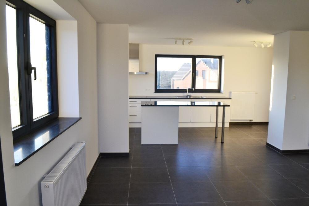 Image 5 : Duplex à 6900 MARCHE-EN-FAMENNE (Belgique) - Prix 875 €