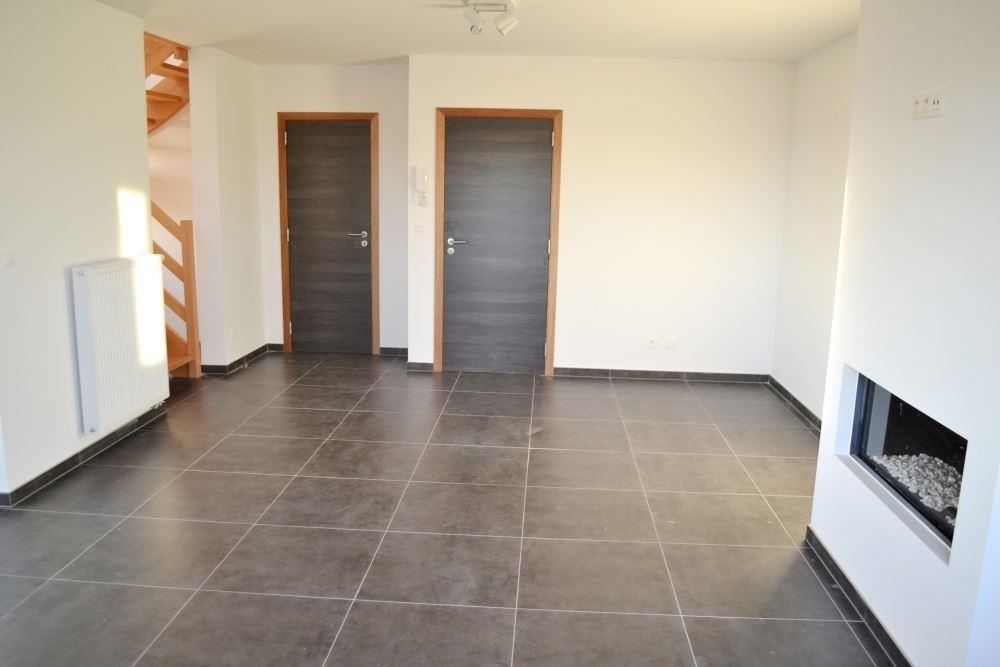 Image 8 : Duplex à 6900 MARCHE-EN-FAMENNE (Belgique) - Prix 875 €