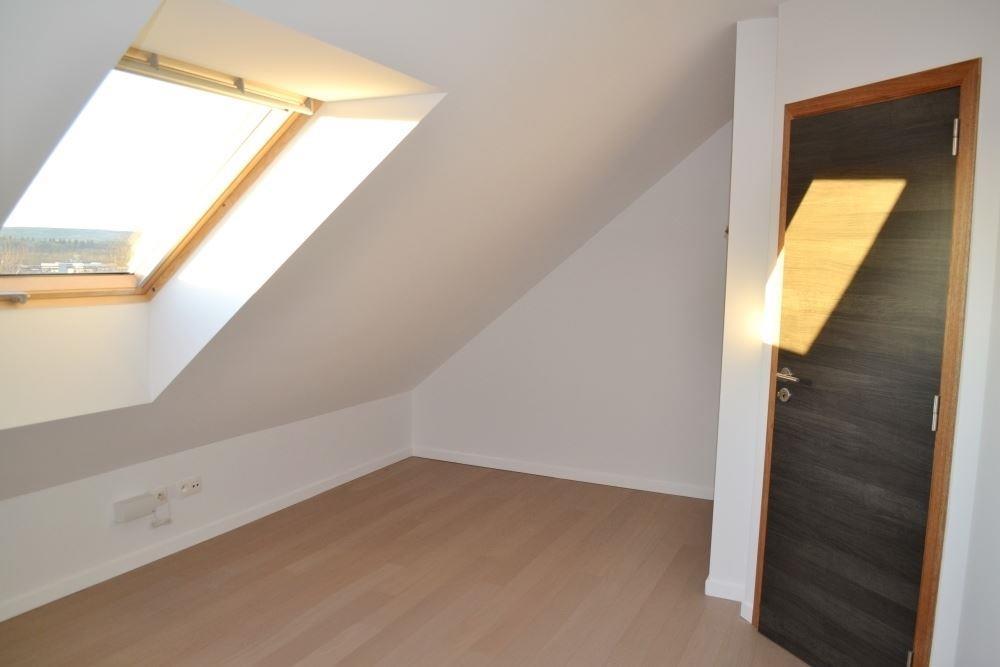 Image 15 : Duplex à 6900 MARCHE-EN-FAMENNE (Belgique) - Prix 875 €
