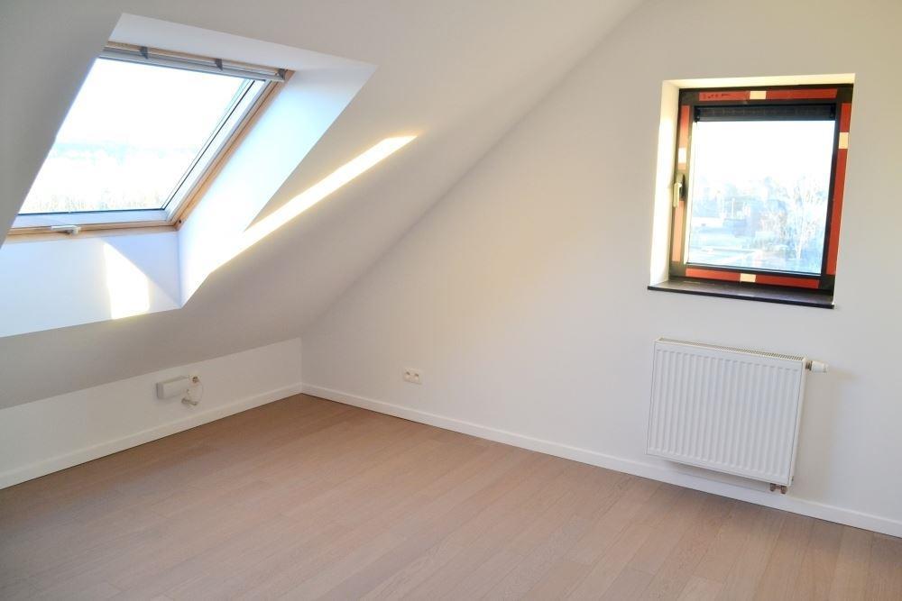 Image 16 : Duplex à 6900 MARCHE-EN-FAMENNE (Belgique) - Prix 875 €