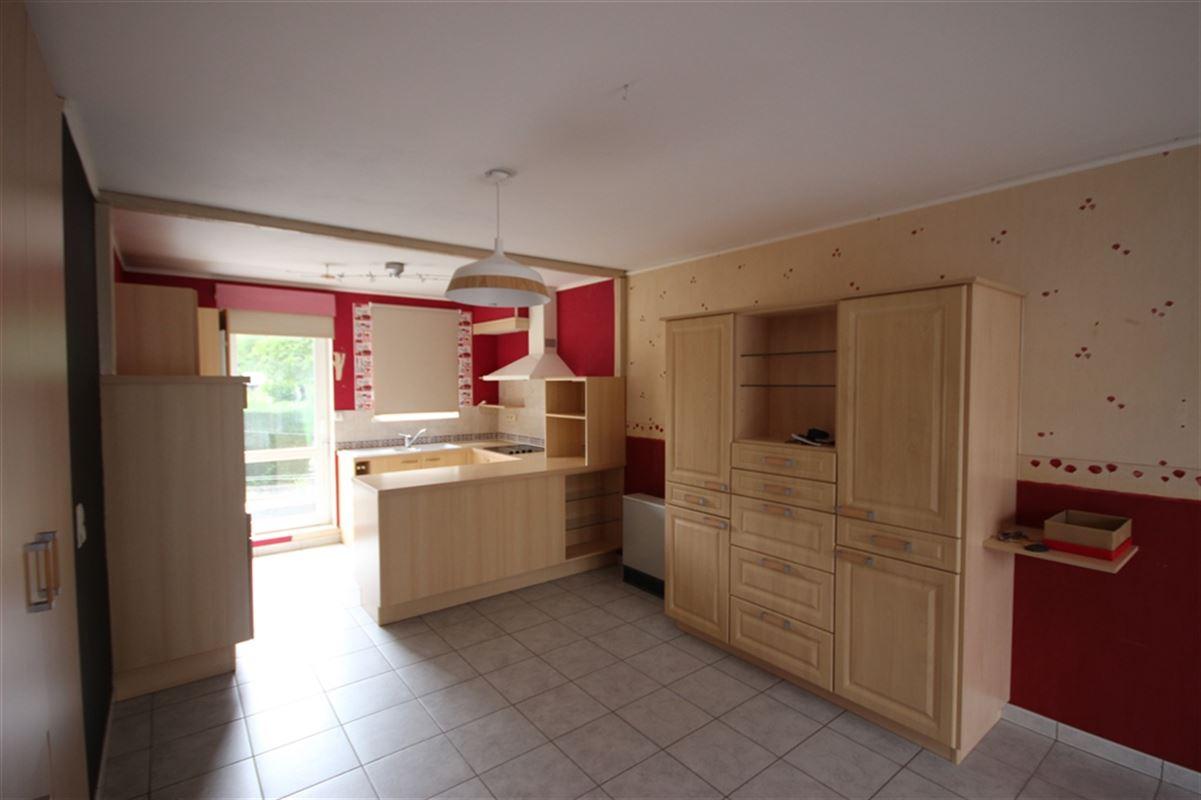 Image 1 : Appartement à  MARCHE-EN-FAMENNE (Belgique) - Prix 550 €