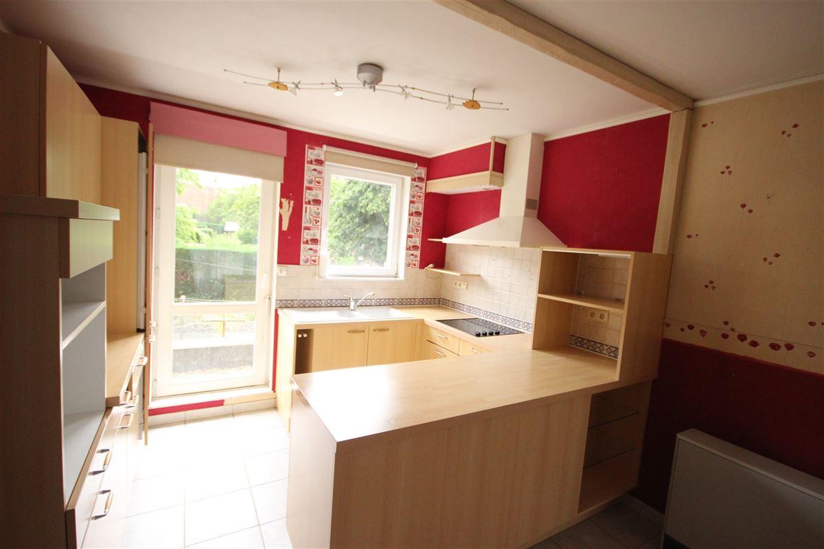 Image 2 : Appartement à  MARCHE-EN-FAMENNE (Belgique) - Prix 550 €