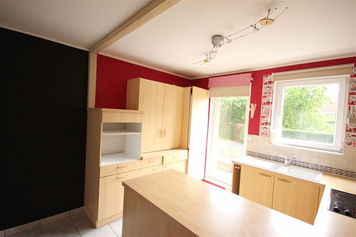 Image 3 : Appartement à  MARCHE-EN-FAMENNE (Belgique) - Prix 550 €