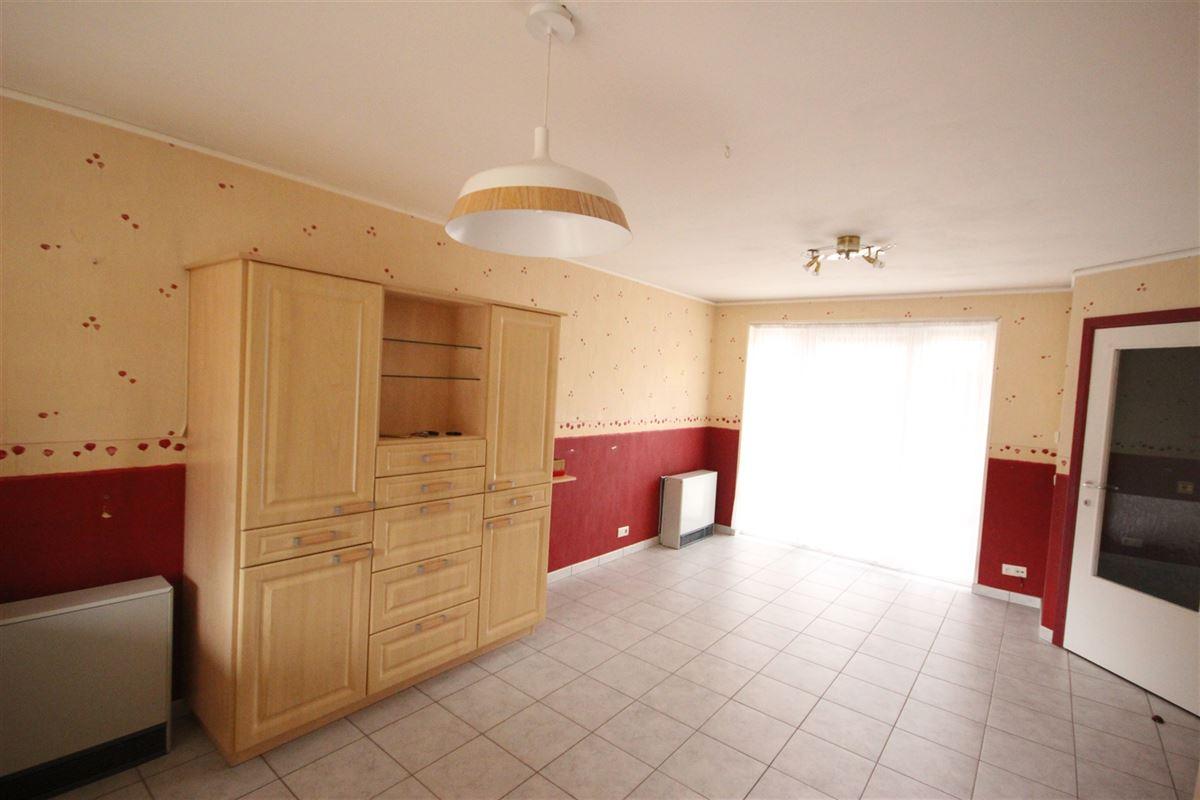 Image 6 : Appartement à  MARCHE-EN-FAMENNE (Belgique) - Prix 550 €