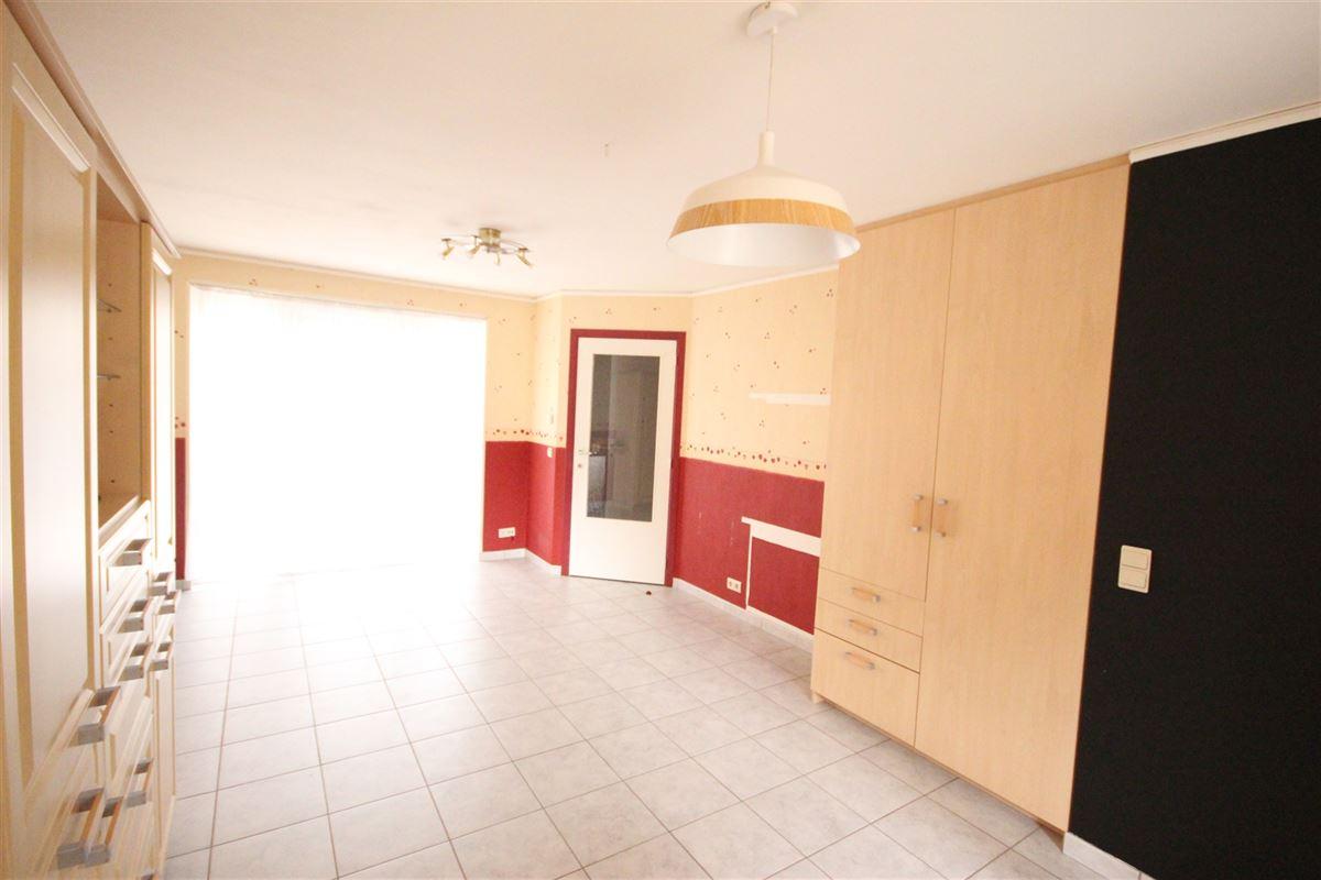 Image 11 : Appartement à  MARCHE-EN-FAMENNE (Belgique) - Prix 550 €