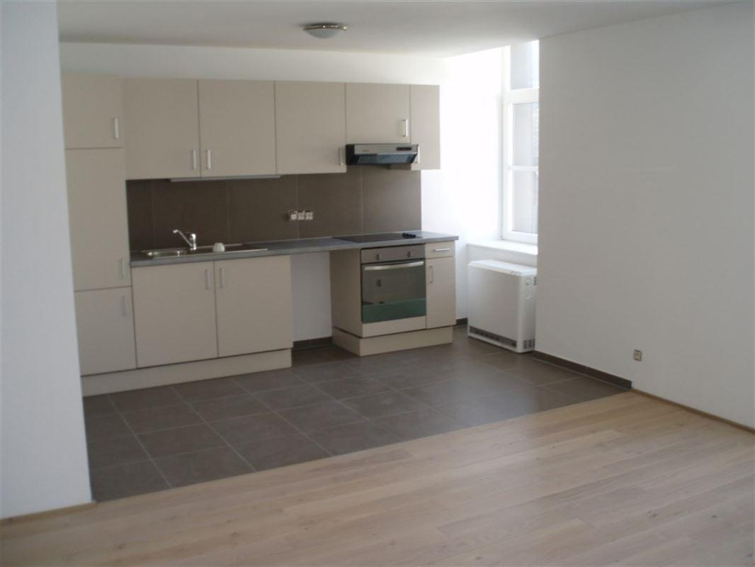 Image 2 : Appartement à 6840 NEUFCHATEAU (Belgique) - Prix 530 €