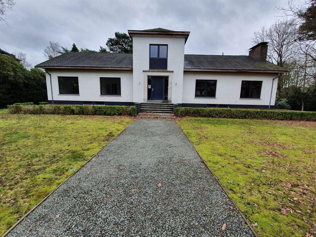 Foto 1 : Villa te 2930 BRASSCHAAT (België) - Prijs € 739.000
