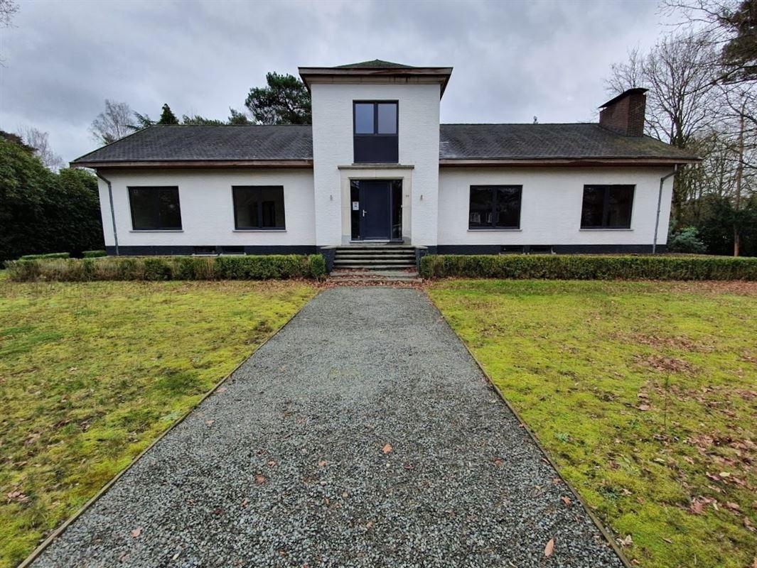 Foto 1 : Villa te 2930 BRASSCHAAT (België) - Prijs € 699.000