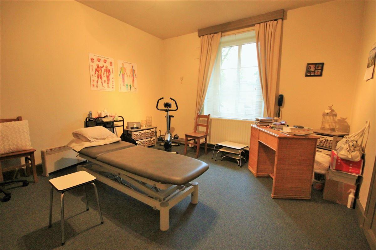 Image 14 : Maison à 5600 MERLEMONT (Belgique) - Prix 175.000 €