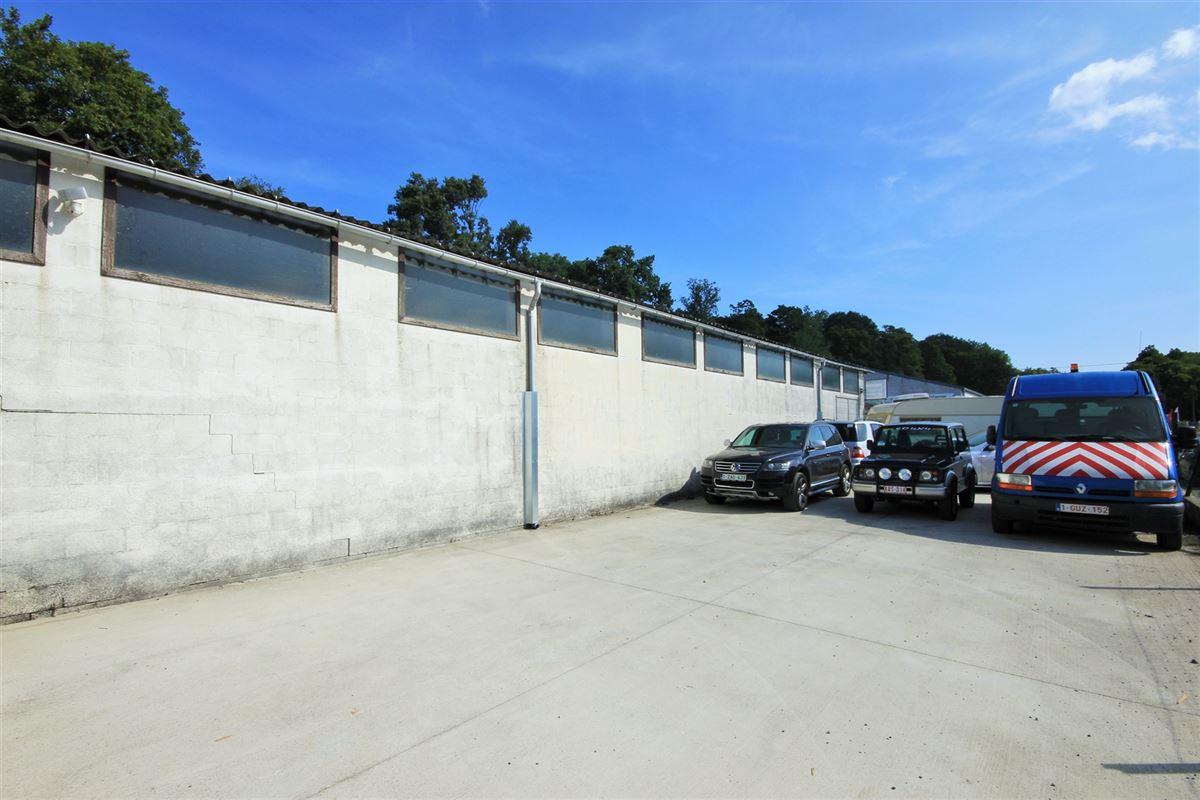 Image 2 : Immeuble mixte à 5640 METTET (Belgique) - Prix 295.000 €