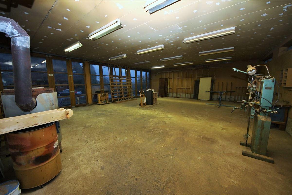 Image 23 : Entrepôt à 6240 PIRONCHAMPS (Belgique) - Prix 389.000 €
