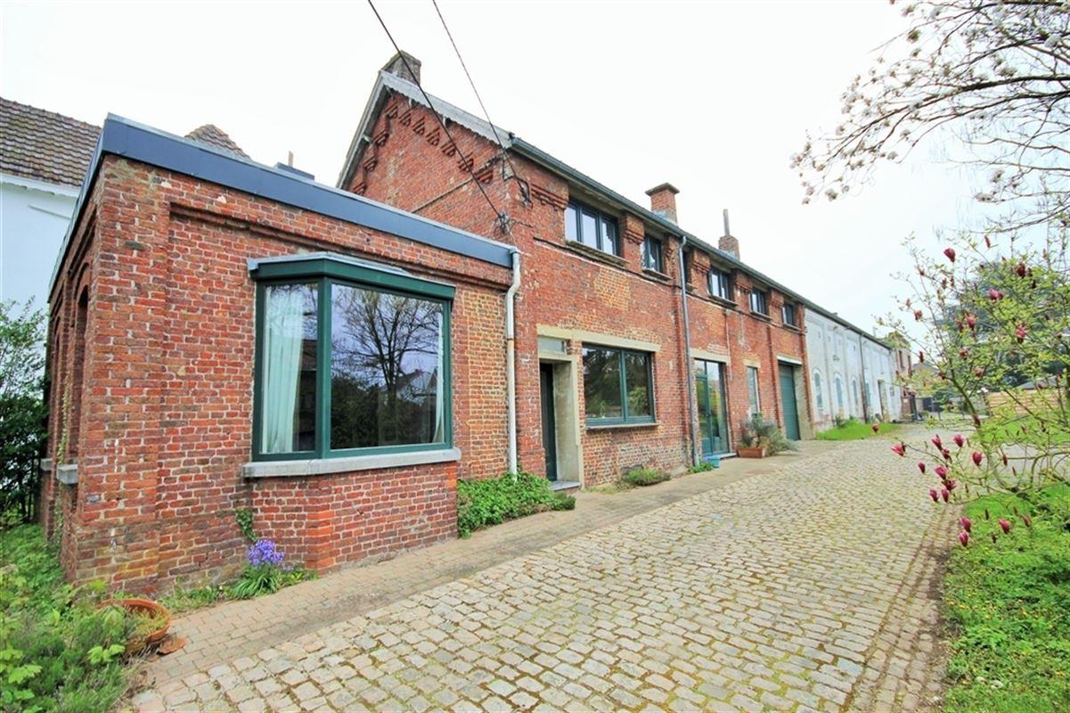 Image 2 : Entrepôt à 6010 COUILLET (Belgique) - Prix 250.000 €