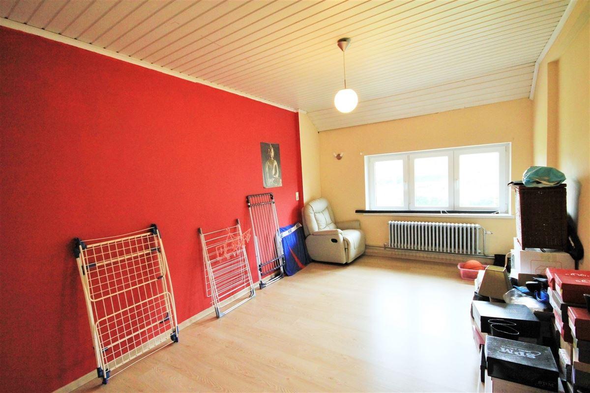Image 12 : Entrepôt à 6010 COUILLET (Belgique) - Prix 250.000 €