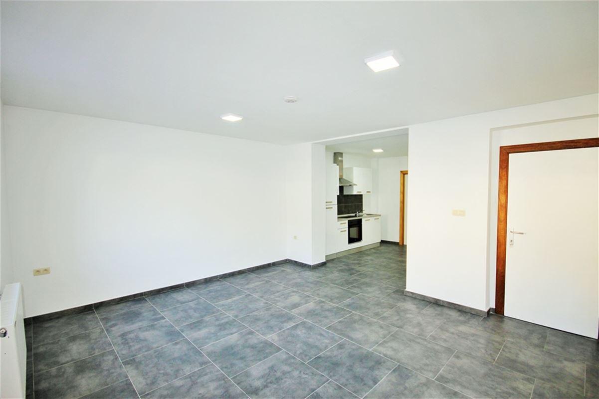 Appartement à 6000 CHARLEROI (Belgique) - Prix 575 €