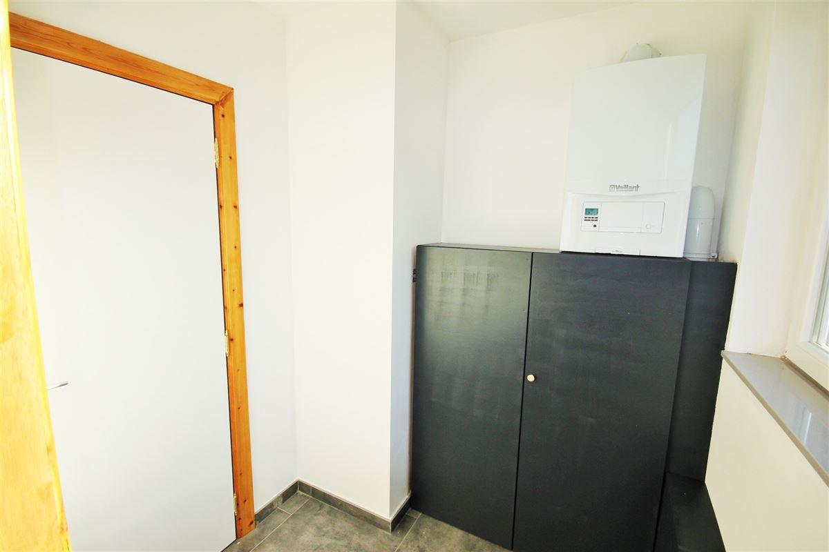 Image 7 : Appartement à 6000 CHARLEROI (Belgique) - Prix 575 €