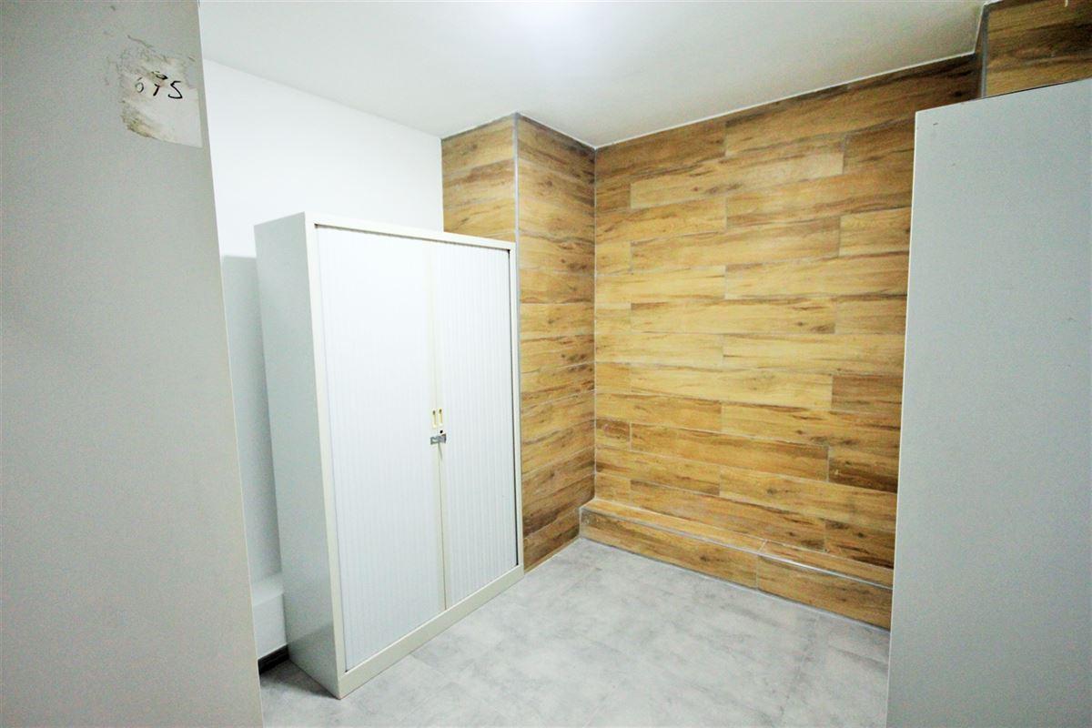 Image 9 : Appartement à 6000 CHARLEROI (Belgique) - Prix 575 €
