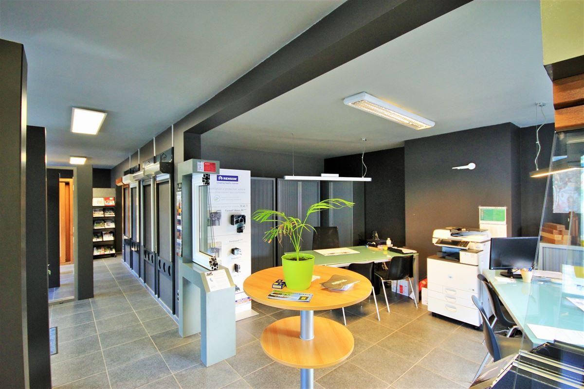 Image 4 : Commerce à 5640 METTET (Belgique) - Prix 285.000 €