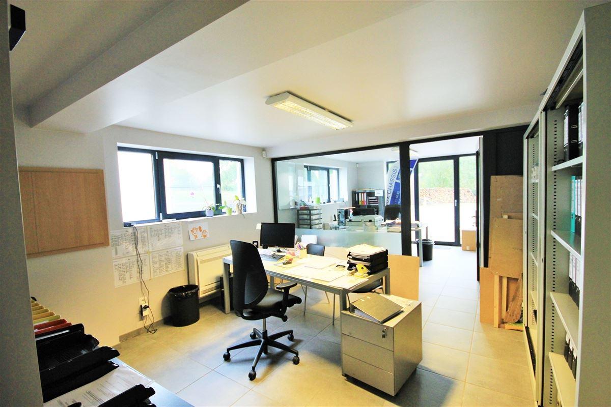 Image 10 : Maison à 5640 METTET (Belgique) - Prix 285.000 €