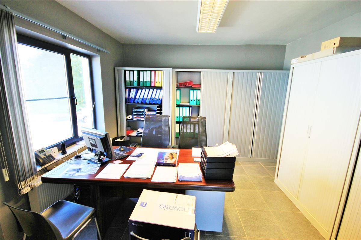 Image 12 : Maison à 5640 METTET (Belgique) - Prix 285.000 €
