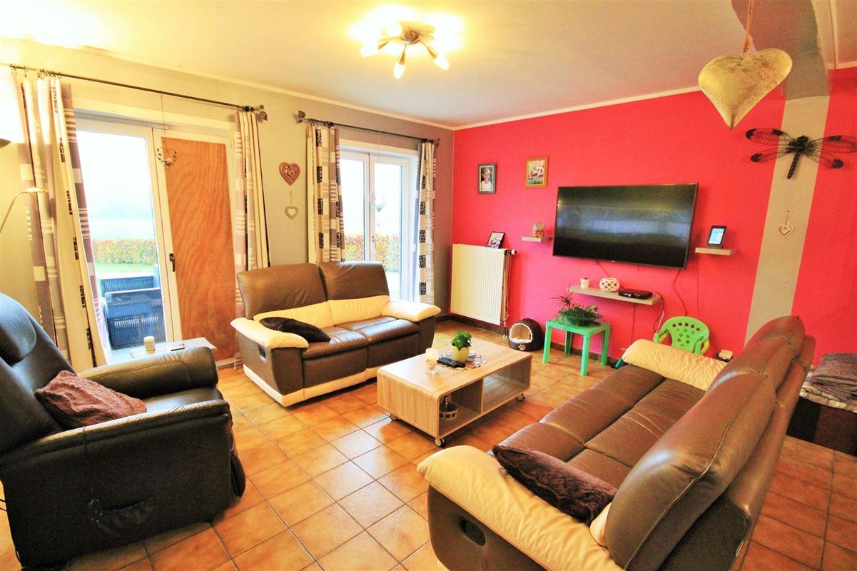 Image 6 : Villa à 5630 SENZEILLE (Belgique) - Prix 280.000 €