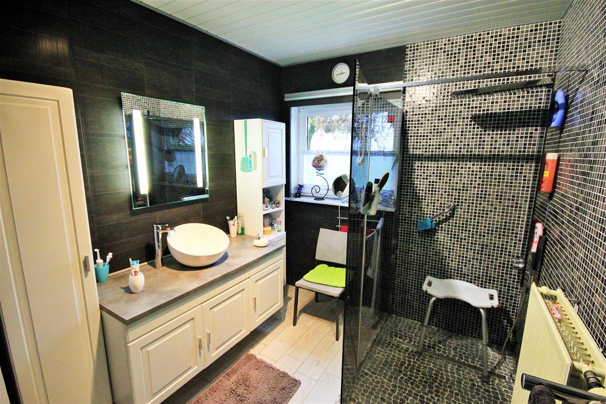 Image 11 : Villa à 5630 SENZEILLE (Belgique) - Prix 280.000 €