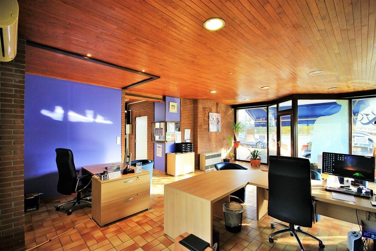 Image 6 : Commerce à 5600 PHILIPPEVILLE (Belgique) - Prix 860 €