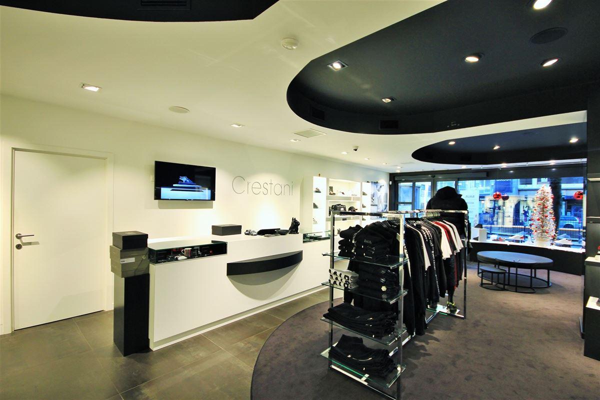 Image 2 : Commerce à 6000 CHARLEROI (Belgique) - Prix 4.100 €